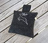 zigbaxx Wiesn-Bag SPRINGBOCK / Gürteltasche, Bauchtasche, Dirndl-Tasche aus Wollfilz mit Springbock aus Strass, grau / anthrazit-schwarz / pink / beige