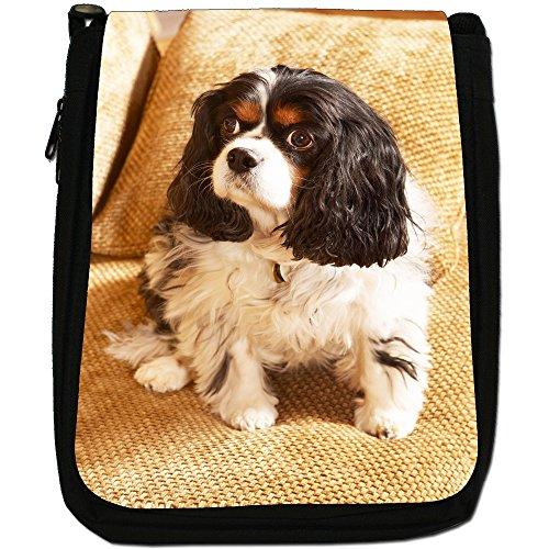Cavalier King Charles Spaniel Cane Medio Nero Borsa In Tela, taglia M Black & White Sitting On Couch