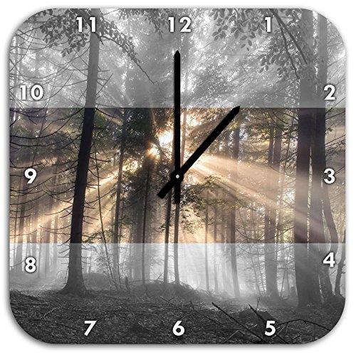 Herbstwald im Nebel schwarz/weiß, Wanduhr Quadratisch Durchmesser 48cm mit schwarzen spitzen Zeigern und Ziffernblatt, Dekoartikel, Designuhr, Aluverbund sehr schön für Wohnzimmer, Kinderzimmer, Arbeitszimmer