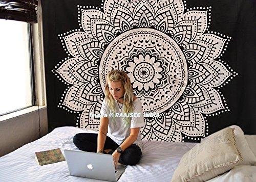Exclusivo 'blanco y negro doble Ombre tapiz por raajsee' Ombre ropa de cama, Mandala tapiz, Reina, Multi Color Indian Mandala Wall Art Hippie colgante de pared colcha Bohemian