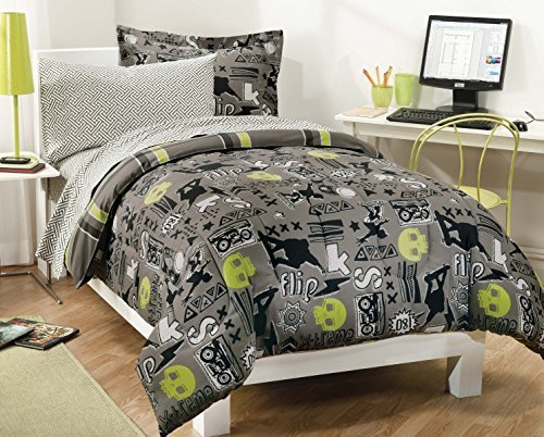 My Room Extreme Skateboarding Boys Comforter Set With 180Tc Sheets, Gray, Full by CHMJE