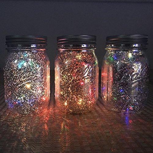 Solar Mason Licht - Buntes weißes warmes Weiß mit String Light Insert - Für Gartenveranda Hochzeitsdekoration - Glas Jar und String Glühbirne Insert enthalten – Lovin (Silbernes Glas Buntes Licht)