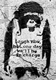 Banksy Poster Affe Laugh now, but one day we'll be in charge (42cm x 59cm) + 1 Traumstrand Poster Insel Bora Bora zusätzlich