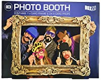 Style up your party pics with this flamboyant frame and a selection of 24 props, including card hats, glasses and facial hair. Simply fix a white, self-adhesive stick to the prop of your choice, grab a few friends and get snapping!