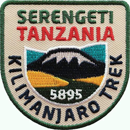 2 x Tansania Kilimanjaro Trek Abzeichen 60 x 60 mm gestickt / Tanzania Serengeti Nationalpark / Aufnäher Aufbügler Sticker Patch für Kleidung Rucksack / Reiseführer Safari Afrika Kilimandscharo - Patch Tansania