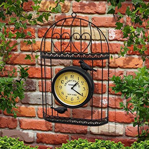 Jaula para exterior con reloj incrustado