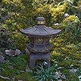 Japanische Steinlaterne Yukimi Oki Gata aus Steinguss frostfest (Gold)