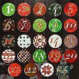 RATEL 24 Adventskalender Buttons in ROT GRÜN im farbenfrohen Stil für DIY Weihnachts-Kalendern und zum Dekorieren, dauerhafte Muster aus Aluminiumlegierung und Anstecknadel auf der Rückseite