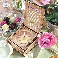CANDLE IN THE BOX | Lila | Geschenk-Box mit Botschaft & Kerze | Geschenk für Mama zum Geburtstag | Engel ohne Flügel nennt man Mama | Dankeschön für alles