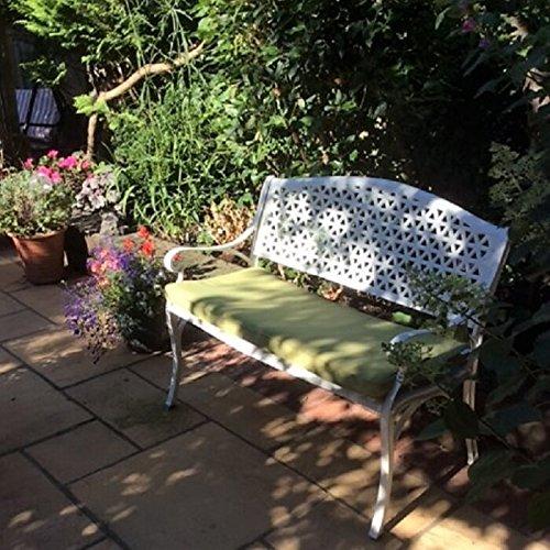 Lazy Susan - JULY Gartenbank aus Aluminium, Weiß (Grünes Kissen)