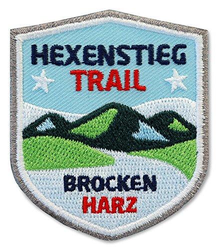 2er-Pack, Stick Abzeichen 51 x 60 mm / Hexenstieg Harz Brocken/ Harzer-Hexen-Stieg / Applikation Aufnäher Aufbügler Bügelbild Patch / Bergsteigen Wandern Klettern Reiseführer Wanderkarte Kompass