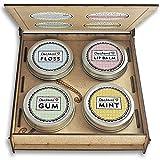 SMILE UPGRADE personalisiert | Geschenkbox, Holz Vintage Design | Lippenbalsam, Zahnseide, Pfefferminz Bonbons und Zahnpflege Kaugummis mit Xylit