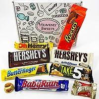 Mini Cesta Chocolate Americano  Surtido incluye Reeses Hershey Butterfinger   Golosinas para Navidad Reyes o para regalo   En una Caja de Regalo del Caramelo Retro