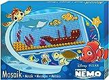 SIMM Spielwaren Lena 35566 - Mosaik Set Disney Nemo, Platte ca. 28 x 19 cm, Steckergrößen 0,5 cm und 1 cm
