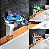 Aawang Led Wasserhahn Led Badezimmer Waschbecken Wasserhahn Messing Chrom Fertige Led Wasserfall Armaturen Wasser Macht Basin Led Tap Mixer Torneira