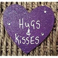 Personalizzato regalo di San Valentino 'Hugs & Kisses' viola magnete in legno a forma di cuore F...