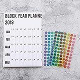 Calendario anual de pared 2019, formato lineal anual con puntos adhesivos, incluye todas las fechas principales del Reino Unido y días festivos para papelería, oficina, día de San Valentín