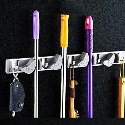 Mopp Besen Halter Wand 3 Position Lagerregal mit 4 einziehbaren Haken hält bis zu 7 Werkzeuge Ideal Besen Aufhänger für Küche Garten und Garage (Graue Halterung 2) (Tür Entwurf Hält)