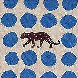 Naturfarbenes Wachstuch mit Leoparden und blauen Punkten