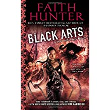 Black Arts (Jane Yellowrock Novels)
