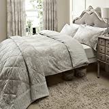 Catherine Lansfield Versaille King Quilt set