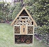 Großes Insektenhotel aus Holz