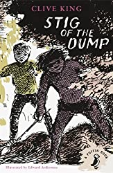 Stig of the Dump (A Puffin Book): Written by Clive King, 2014 Edition, (Re-issue) Publisher: Puffin Classics [Paperback]