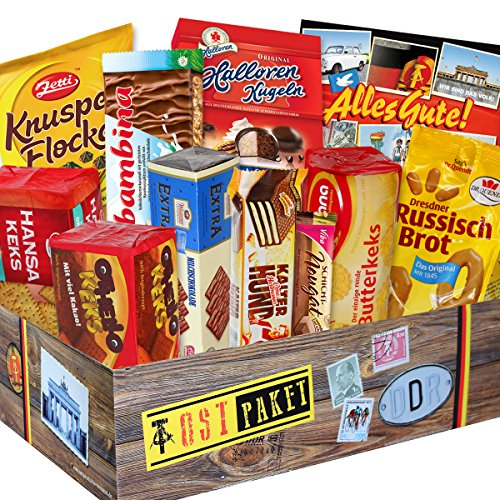 DDR Keks Box mit DDR Waren – Halloren Kugeln Sahne Cacao Creme + Ohtello Keks Wikana + Butterkeks original Wittenberger uvm. ++ DDR Geschenkbox DDR Produkt DDR Box Waren DDR Geschenk für Frauen DDR - Ostalgie