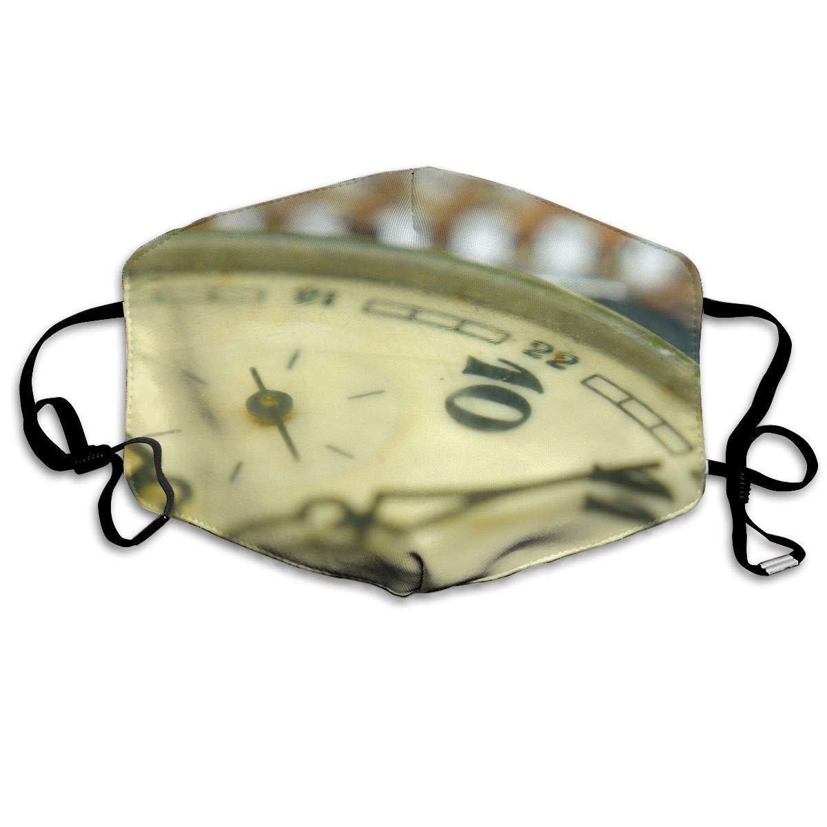 Daawqee Máscara de Boca, Vintage Pocket Watch Closeup Adult Creative Mascarilla Washable Safety 100% Polyester Comfortable Breathable Health Half Face Masks