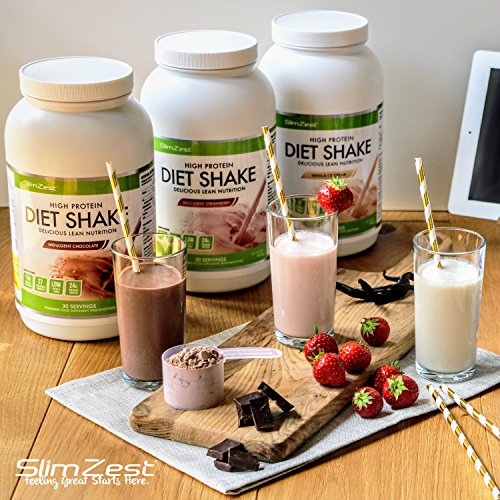 Diet Whey Protein Powder – Support Weight Loss & Build Lean Muscle – 27 Essential Vitamins – Omega 3 – Added Energy Boosters Like Green Tea – Deliciously Smooth Strawberry Flavour – UK Manufactured Premium Protein – Ideal For Men & Women – The Perfect Diet Shake For Burning Fat