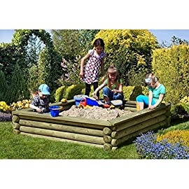 Sandkasten-180x180-cm-aus-Rundholz--10-cm-mit-Deckel-aus-Holz-von-Gartenpirat