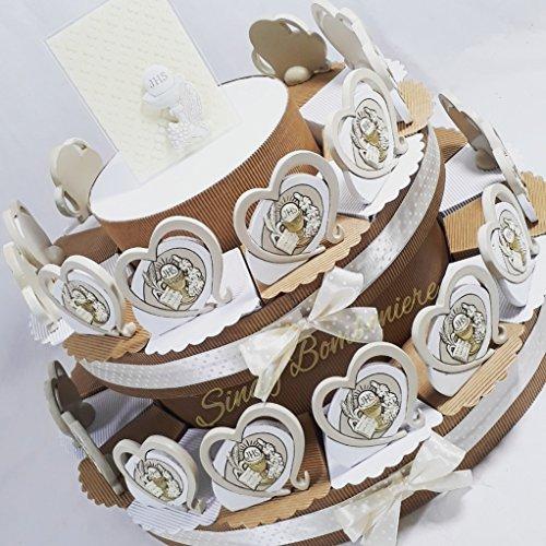 Torta bomboniera per prima comunione con centrale carlo pignatello e bomboniere da appoggio con calice e ostia (torta da 28 fette)