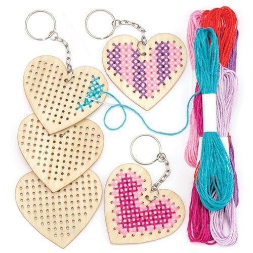 Baker Ross- Kits de llaveros de Madera con Forma de corazón para...