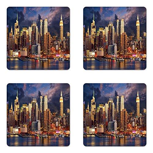 Lunarable NYC Untersetzer-Set mit 4 Untersetzern, Manhattan Midtown Skyline bei Twilight Over Hudson River Waterfront Landmark Scenery, quadratisch, Hartfaserplatte glänzend, für Getränke, Mehrfarbig
