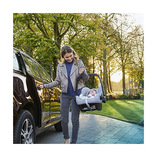 Maxi-Cosi Rock Baby Car Seat Group 0+, ISOFIX, i-Size Car Seat, Rearward-Facing, 0-12 m, 0-13 kg, Sparkling Grey Maxi-Cosi Baby car seat, suitable from birth to 13 kg (birth to 12 months) Enhanced safety: This Maxi-Cosi car seat complies with the i-Size (R129) car seat legislation Baby-hug inlay of this Maxi-Cosi i-Size car seat offers a better fit and laying position for newborns 8