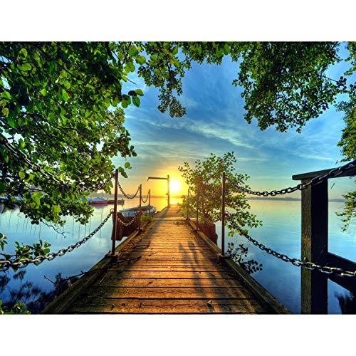 Fototapete Brücke zum See Vlies Wand Tapete Wohnzimmer Schlafzimmer Büro Flur Dekoration Wandbilder XXL Moderne Wanddeko - 100{be48ac9ca1c7cd4771480b7669593a8b3a256d2b96db6d5a7e6221c13dfc2482} MADE IN GERMANY - Blau Grün Sonnenuntergang Runa Tapeten 9035010c