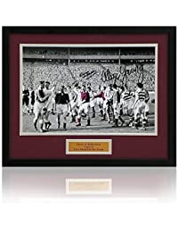 Preisvergleich für Dave Mackay & Alex Young Hearts handsigniert Heart of Midlothian Foto