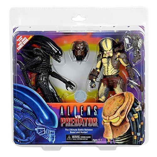Alien vs. Predator 7 Inch Action Figure 2 Pack with Mini Comic by NECA Aliens Vs Predator Action Figures