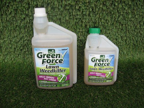 green-force-kills-your-weeds-not-your-lawn-500ml-or-1lt-selective-weedkiller-1lt-covers-500m2