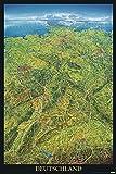 Close Up Deutschland Poster - Geographische Panorama-Karte der Bundesrepublik Deutschland - 61 x 91,5 cm + 1 Traumstrand Poster Insel Bora Bora zusätzlich
