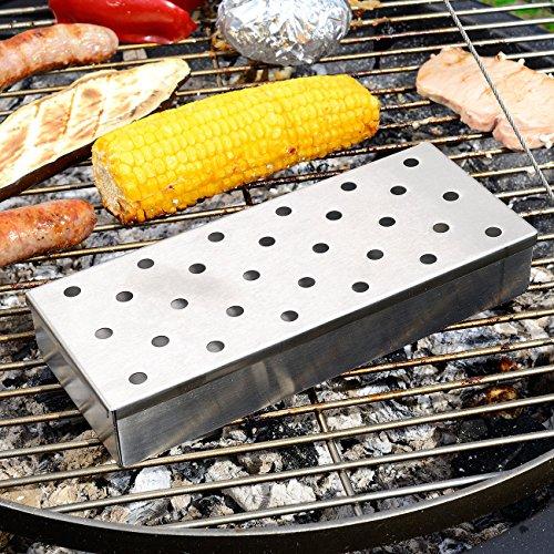 61b7Q2gFPeL - Rosenstein & Söhne Grillzubehör: Räucherbox für Gas- und Holzkohlegrills (Smokebox für Grill)