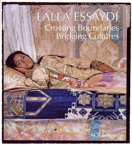 Lalla Essaydi : Crossing Boundaries, Bri...