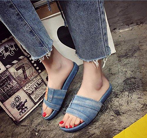 Der Zustrom von europäischen und amerikanischen Retro-Mode, die alte Denim eine flach geformte Oberbekleidung weibliche Sandalen und Pantoffeln zu tun Light Blue