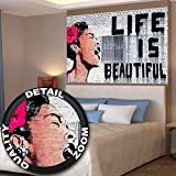 Affiche Banksy, décoration de peinture murale d'artiste de Graffiti Life is Beautiful, style de rue Pop, style d'Artiste de rue Stencil | mur deco Poster mural Image by GREAT ART (140 x 100 cm)...