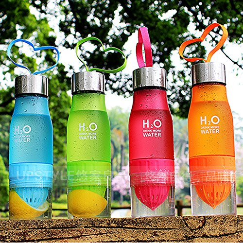 ml, zur eigenen Herstellung von mit Früchten durchzogenem Wasser, Saft, Eistee, Limonade und kohlensäurehaltigen Getränken, gelb (Infuser Trinkflasche Gelb)