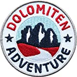 2 x Dolomiten Abzeichen 60 mm gestickt / Aufnäher Aufbügler Sticker Patch / Abenteuer Südtirol Italien Drei-Zinnen Bergsteigen Wandern Klettern Höhenweg / Reiseführer Wander-Karte Tourenführer Buch