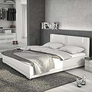 polster bett inkl lattenrost und matratze aus kunstleder wei mit led und lautsprecher 180x200. Black Bedroom Furniture Sets. Home Design Ideas