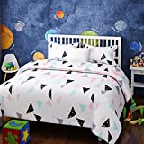Urban Dream Kids Random Triangles Print Black and Pink BEDSHEET Set (Single Bed)