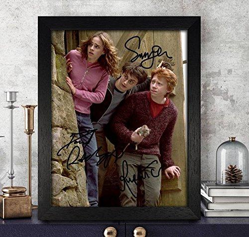 Rupert Grint [Ron Weasley], Emma Watson [Hermine Granger] & Daniel Radcliffe [Harry Potter] Autogramme signiert 8x 10Foto gerahmt Nachdruck RP PP * HARRY POTTER * -