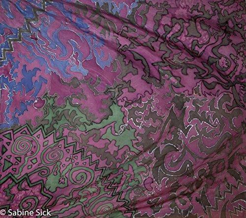 Seidentuch 108x115 cm..Seidentuch handbemalt Hauptfarbe lila, Verschiedene Muster und Formen mit den Farben grün, schwarz, blau (Form Kurvige)